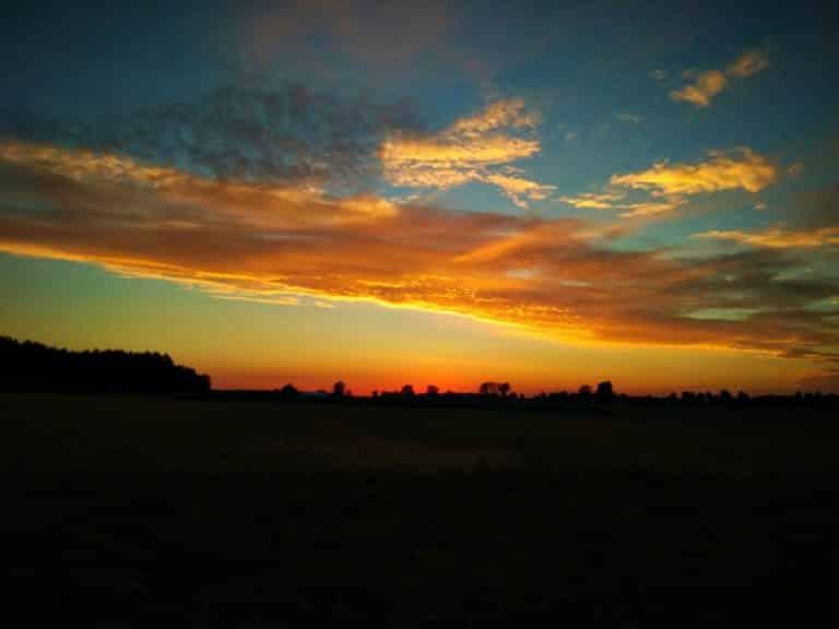 Agroturystyka na Podlasiu przy zachodzie słońca